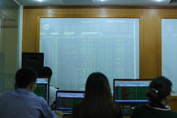 Shares bargained away, pushing down VN-Index hinh anh 1