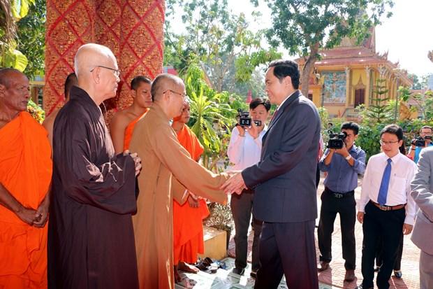 VFF President visits Buddhists in Soc Trang, Dong Nai provinces hinh anh 1