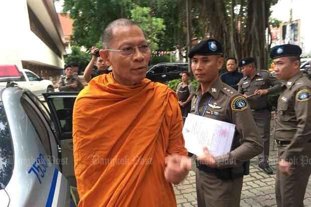 Thailand raids temples to clean up Buddhism hinh anh 1