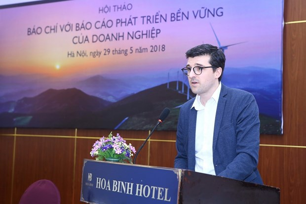 The press urged to raise public awareness of sustainability reports hinh anh 1