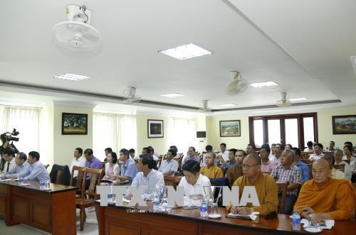 Seminar seeks ways to build united Vietnamese community in Laos hinh anh 1