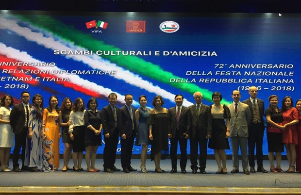Italy's 72nd National Day marked in Hanoi hinh anh 1