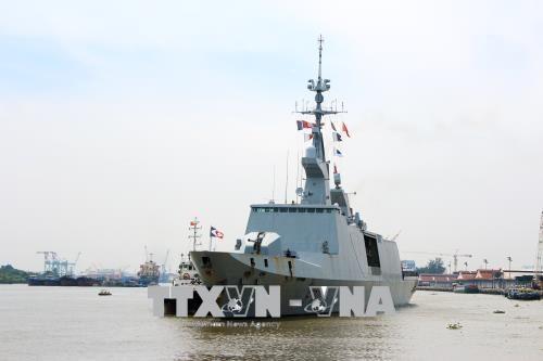 France's naval ships visit Ho Chi Minh City hinh anh 1