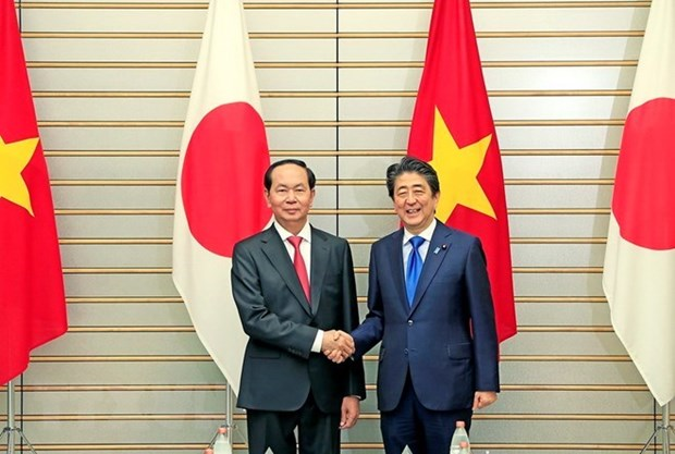 Japanese media covers talks between President, Japanese PM hinh anh 1