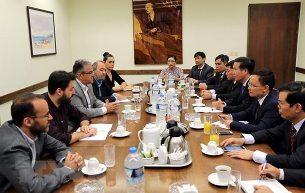 Vietnam attaches importance to ties with Greece hinh anh 1