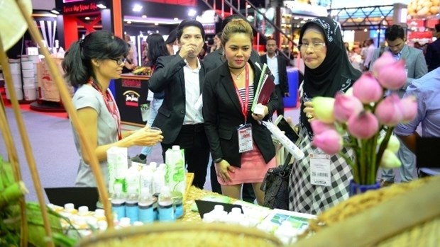 Vietnamese booth attracts visitors at Thaifex hinh anh 1
