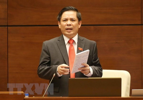 Transport minister admits railway sector's weaknesses hinh anh 1