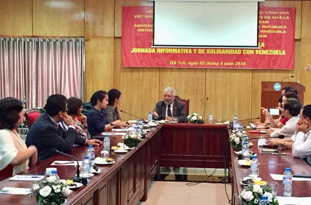 Hanoi talk updates situation in Venezuela after presidential election hinh anh 1