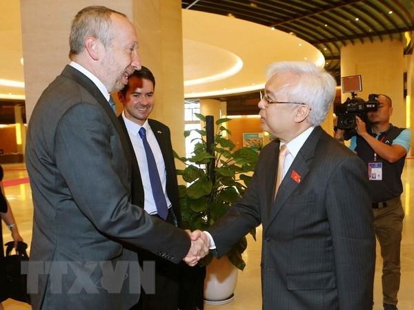 Vietnam, Czech Republic bolster education cooperation hinh anh 1