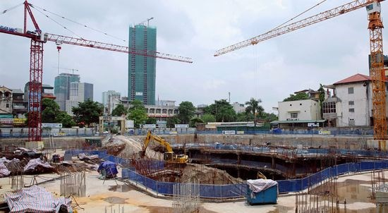 Hanoi to shorten processing time for construction procedures hinh anh 1