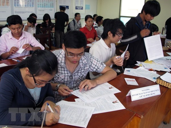 Draft law expected to address bottlenecks in reforming higher education hinh anh 1