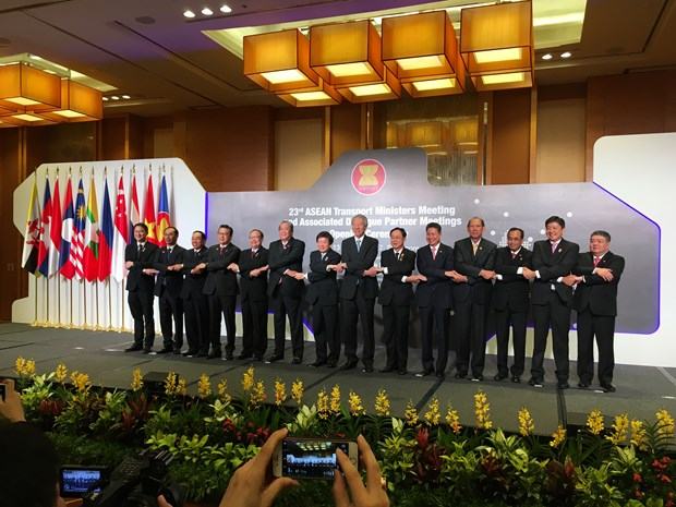 Vietnam to host ASEAN Transport Ministers' Meeting hinh anh 1
