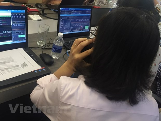 VN-Index rises for fifth consecutive day hinh anh 1