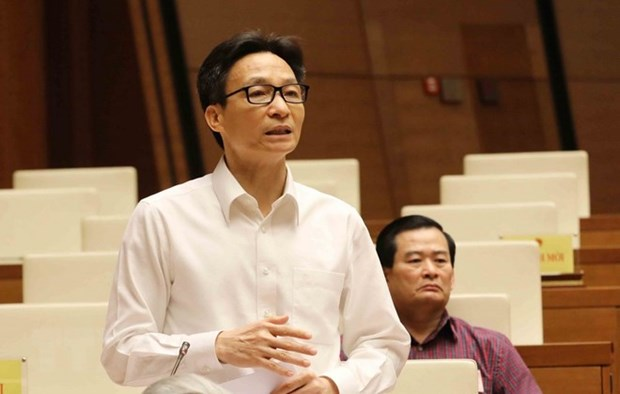 Deputy PM clarifies pressing educational issues hinh anh 1