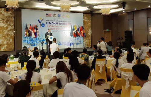 Young ASEAN leaders contribute ideas to protect Mekong Delta environment hinh anh 1