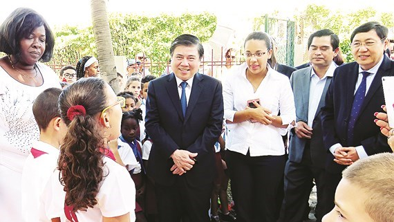 HCM City, Cuba join hands in tourism development hinh anh 1