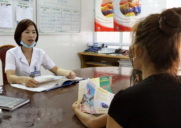 Action month launched to prevent mother-to-child HIV transmission hinh anh 1