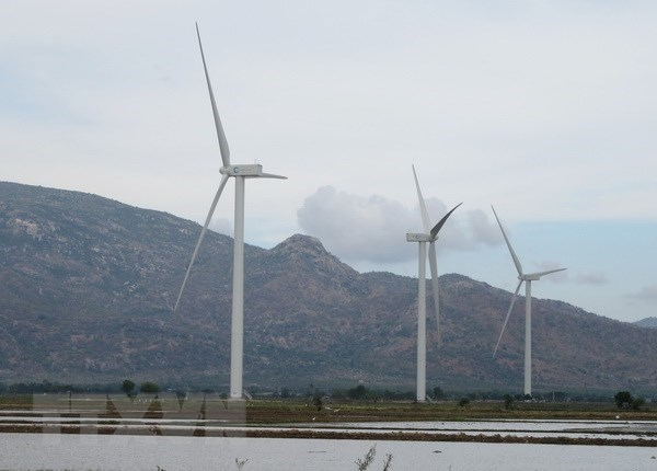 Quang Tri approves two wind, solar power projects hinh anh 1
