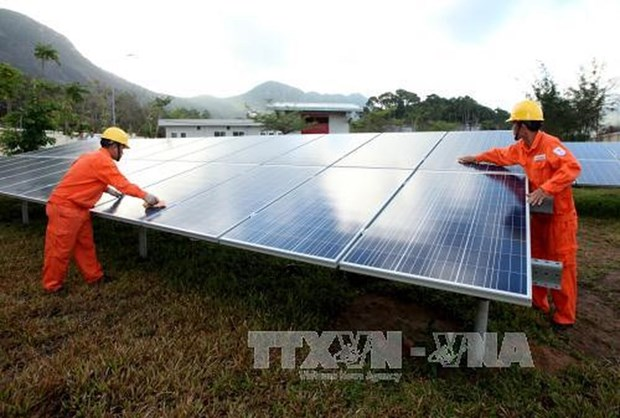 Tay Ninh draws over 14.3 trillion VND in solar power projects hinh anh 1