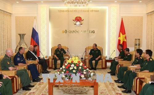 Vietnam, Russia enhance UN peacekeeping cooperation hinh anh 1
