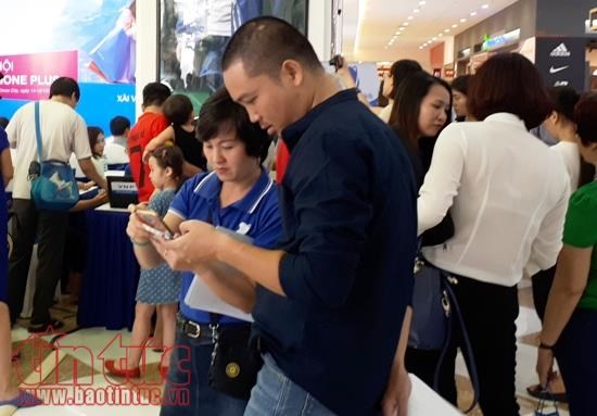 Hanoi to change mobile phone operator codes from September 15 hinh anh 1