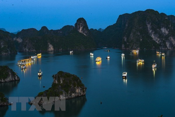 Quang Ninh province takes steps to improve tourism services hinh anh 1