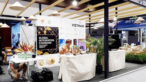 Vietnamese firms face uphill task to export farm produce to Thailand hinh anh 1