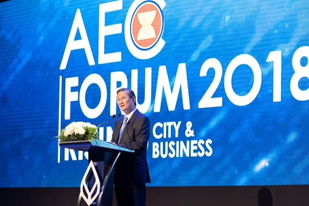 Bangkok Bank President shows confidence in ASEAN economy hinh anh 1