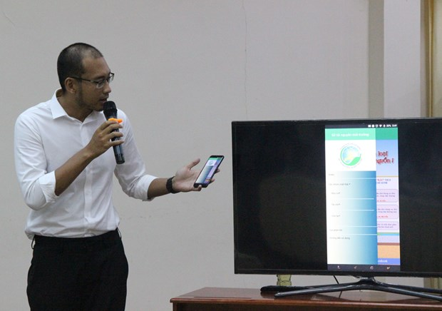Mobile app introduced instructing solid waste classification at home hinh anh 1