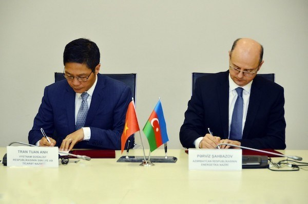Vietnam, Azerbaijan holds second inter-governmental committee meeting hinh anh 1