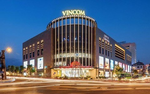 Property developer Vingroup to pay shares for 2017 dividend hinh anh 1