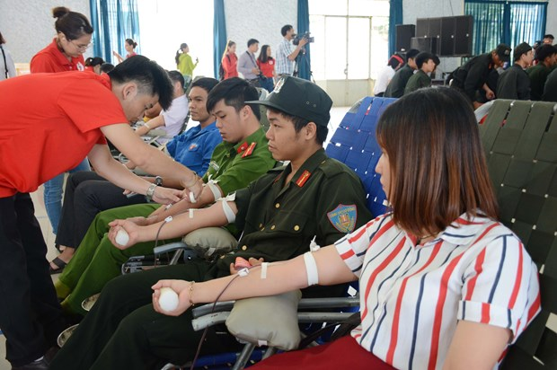 Red Journey attracts ethnic minority donors in Dak Lak hinh anh 1