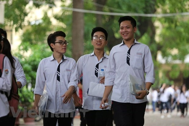 High-school students get ready for national examination hinh anh 1