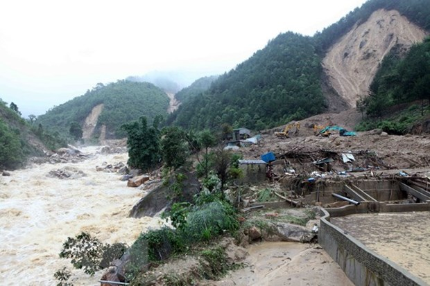 Floods, landslides leave three dead, three missing in Lai Chau hinh anh 1