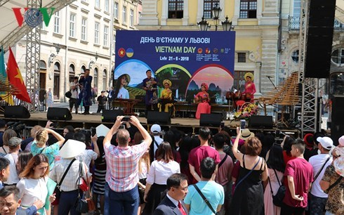 """Vietnam Day"" held in Ukraine's Lviv city hinh anh 1"