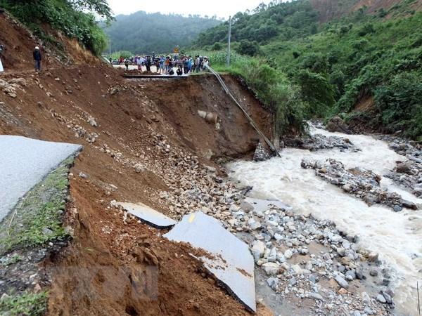 Floods, landslides leave 19 dead, 11 missing in Lai Chau, Ha Giang hinh anh 1