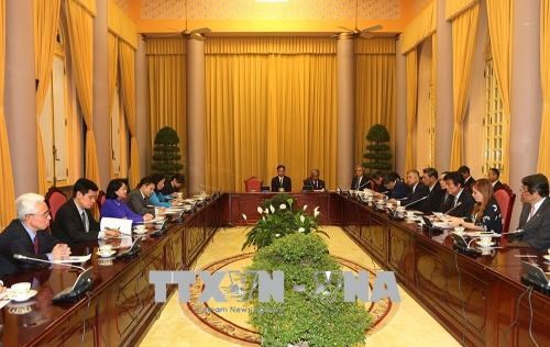 Vice President urges Fukuoka to increase investment in Vietnam hinh anh 1