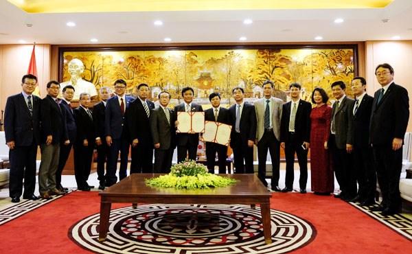 Hanoi expects stronger cooperative ties with Japan's Fukuoka hinh anh 1