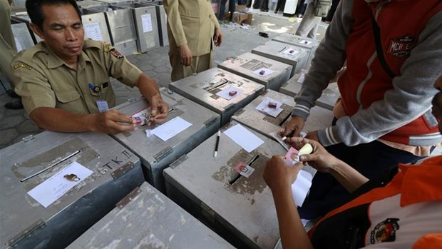 Indonesia holds local elections hinh anh 1