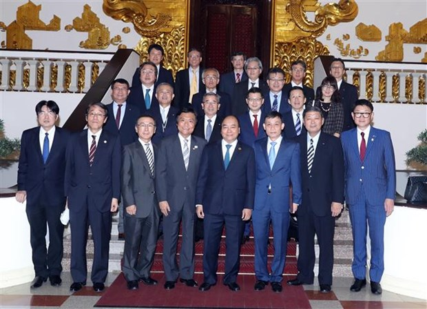 PM urges Fukuoka prefecture to foster multifaceted ties with Vietnam hinh anh 1