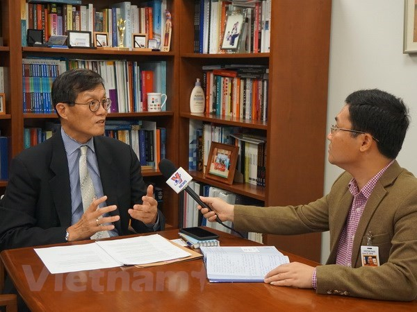 IMF willing to support Vietnam to achieve higher average income hinh anh 1
