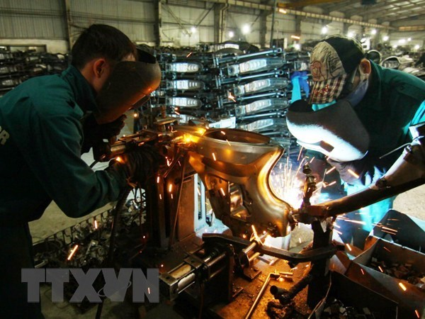Manufacturing firms perform better in Q2 hinh anh 1
