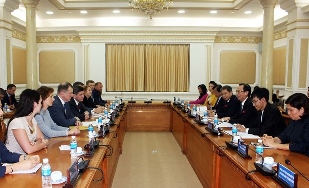 HCM City boosts cooperation with Saint Petersburg hinh anh 1