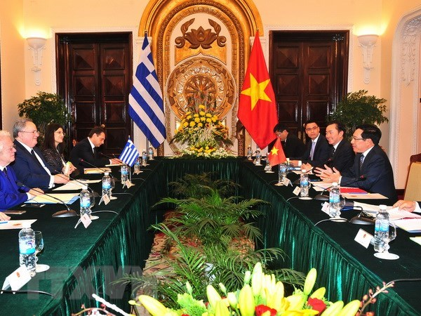 Deputy PM's Greece visit – driving force for bilateral ties: diplomat hinh anh 1