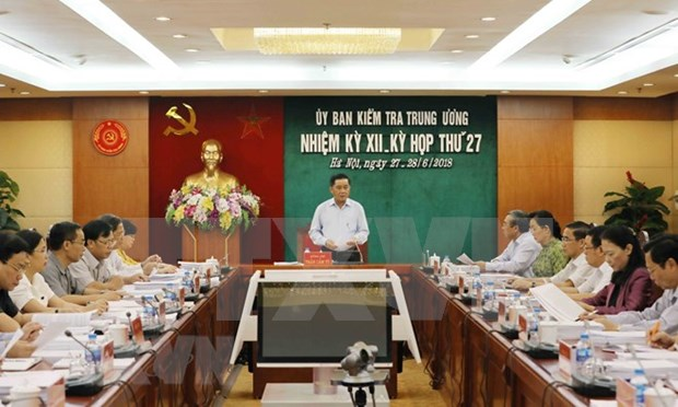 Party's Inspection Commission announces outcomes of 27th session hinh anh 1