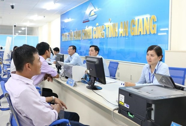 Public administrative units must reduce personnel by 2 percent annually hinh anh 1