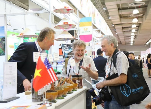 Vietnam attends largest food, beverage fair in North America hinh anh 1