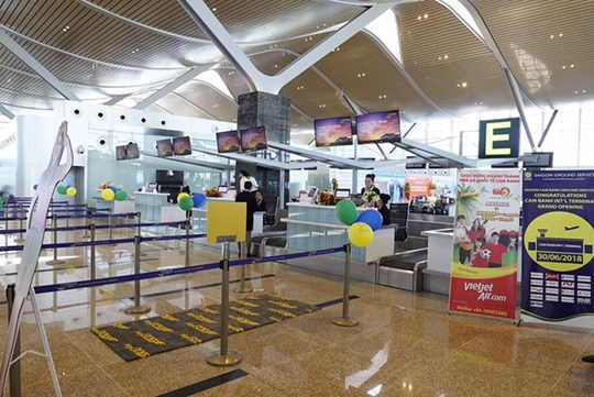 Vietjet Air starts int'l flight services at Cam Ranh airport's T2 terminal hinh anh 1