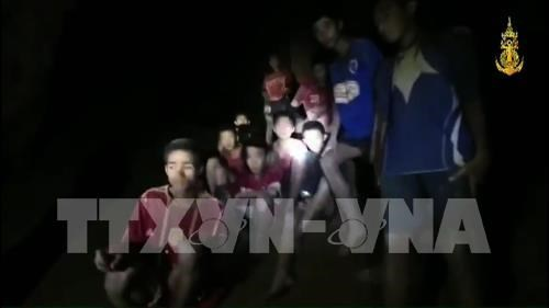 Thailand: more time needed to get soccer team out of cave hinh anh 1