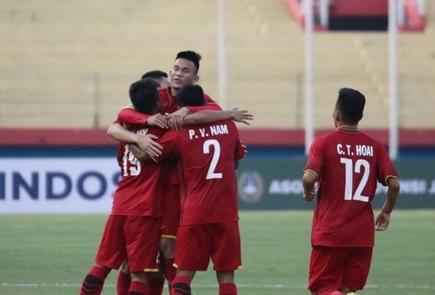 U19 Vietnam defeats U19 Philippines, leading Group A hinh anh 1